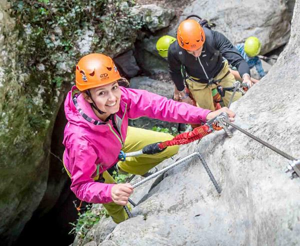 Kletterausrüstung Mehrseillängen : Mehrseillängen klettern bei